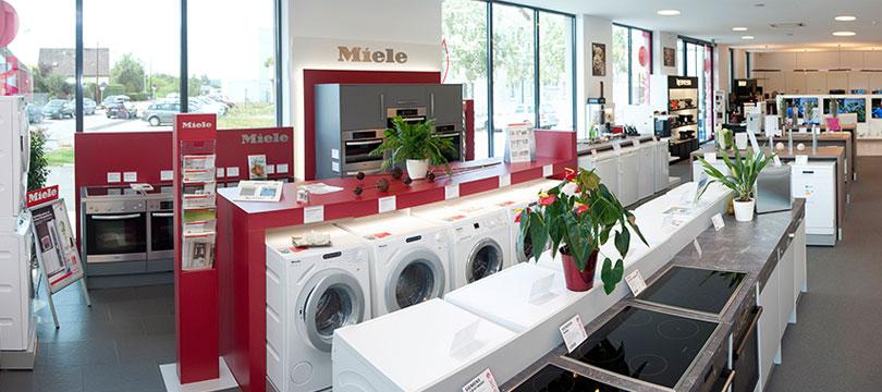 elektro kammerhofer red zac. Black Bedroom Furniture Sets. Home Design Ideas